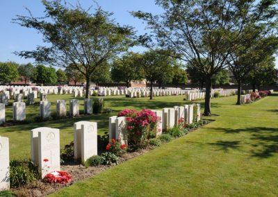 The grave of 267 Corporal Herbert Batterham at Cite Bonjean Military Cemetery.
