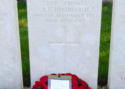 The headstone of 5829 Private Arthur Hindmarsh at Bethleem Farm East Cemetery.