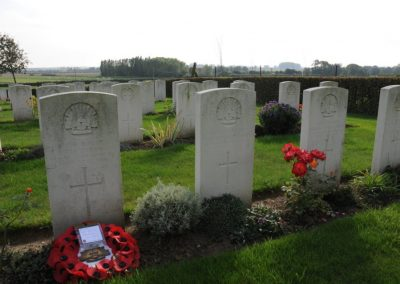 The grave of 2603 Private Joseph Flynn at Borre British Cemetery.