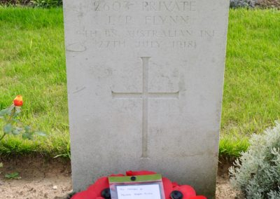 The headstone of 2603 Private Joseph Flynn at Borre British Cemetery, France