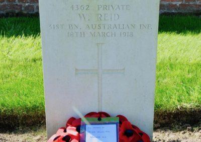 The headstone of 4362 Private William Reid at Cabin Hill Cemetery.