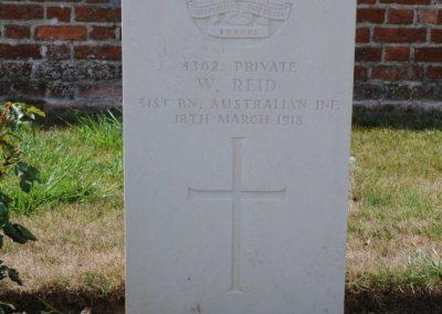 The grave of 4362 Private William Reid at Cabin Hill Cemetery
