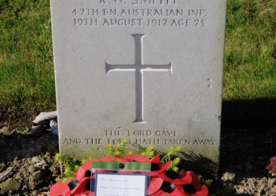 The headstone of 3033 Lance Corporal Walter Potts at Derry House Cemetery No.2, Belgium.