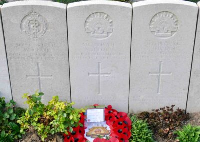 The headstone of 518 Private Alfred Potts at Godewaersvelde British Cemetery, France.