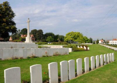 Longuenesse (St. Omer) Souvenir Cemetery where 6098 Private Lionel Longhurst is buried.