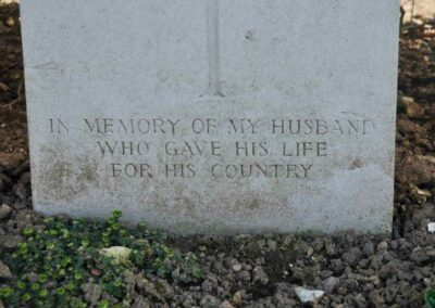 Epitaph for 2374 Private Neil McMillan at Villers-Bretonneux Military Cemetery, France.